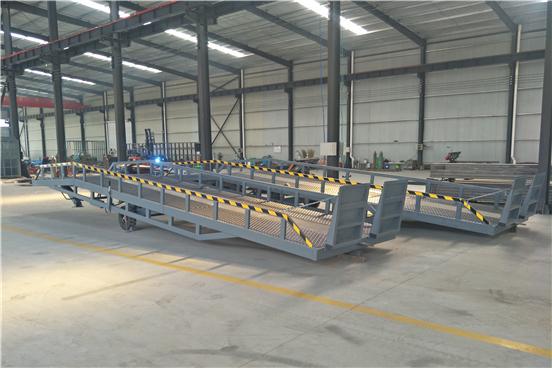 集装箱装卸货平台